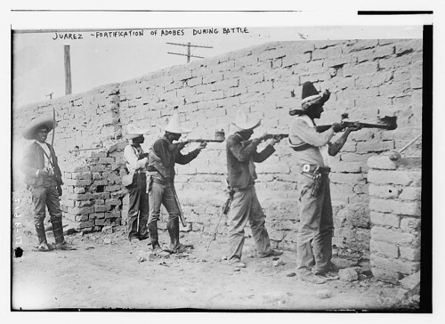 Juarez, fortification of adobes during battle  (LOC)