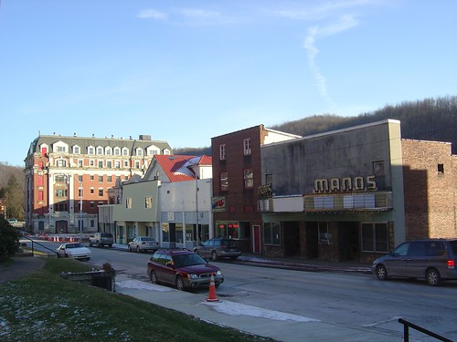 cinema hotel theater downtown theatre cinemas wv westvirginia theaters streetscape theatres grafton graftonwv wva malong nationalregister nationalregisterofhistoricplaces downtowns nrhp bohotel 84003675