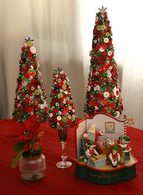 Table Display w/ Button Trees