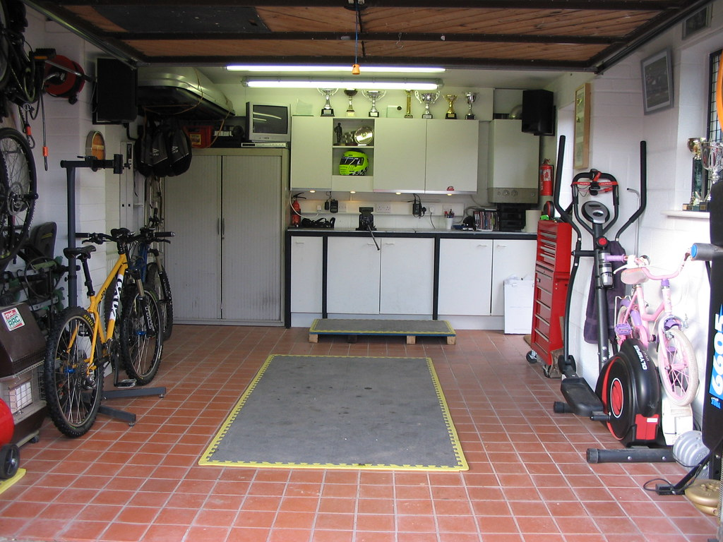 Show me your shed and clever storage options for Design my garage