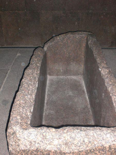 Sarcófago de Keops keops, en el interior de la gran pirámide - 2473756467 2af57507a0 o - Keops, en el interior de la Gran Pirámide