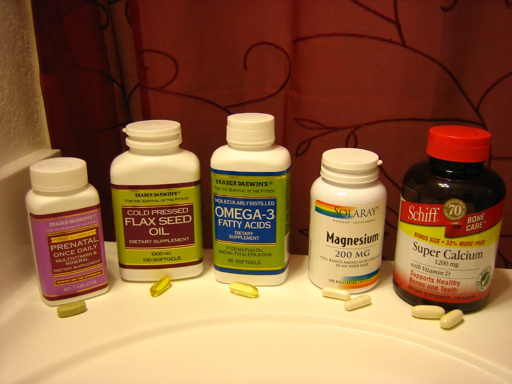 Prenatal vitamins for acne