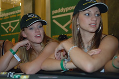 Strip poker babes