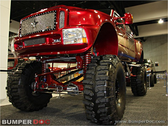 Gmc lifted truck pictures exotic cars at the 2008 model for Import motors san diego