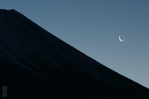 Paper moon(Mt.Fuji/富士山)