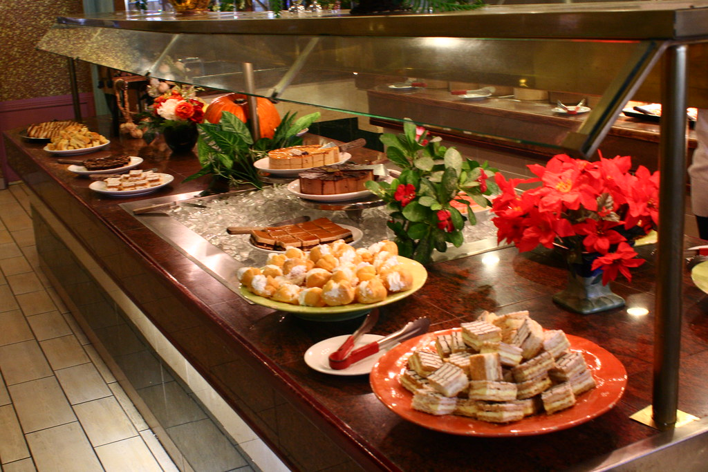 What Do Buffet Restaurants Do With Leftover Food