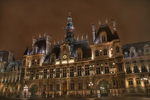 Paris - Hôtel de ville | Explore
