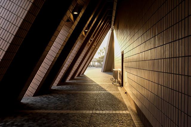 Tunnelof light