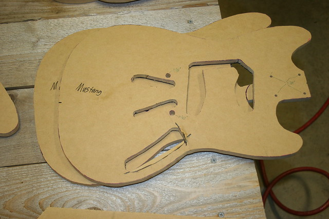 fender jazzmaster body template - shortscale view topic submit your guitar body and