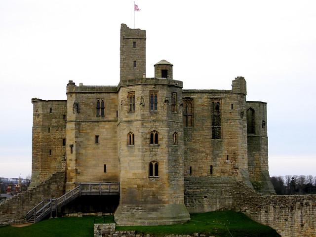 Warkworth Castle by flickr user glenbowman