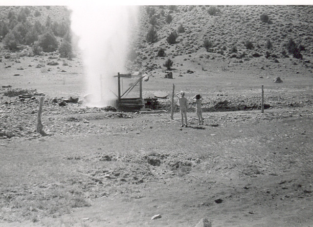 Crump Geyser, Adel Early 1960s