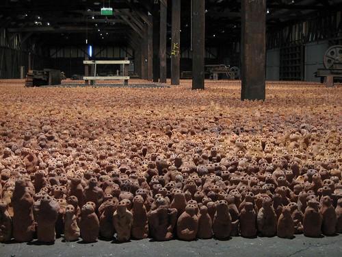 """Antony Gormley: """"Asian Field"""" 2003"""