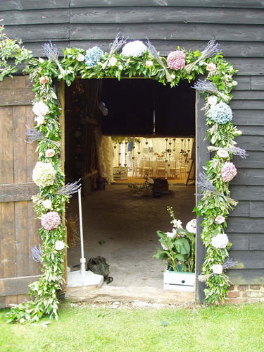 Door decoration ceremony wedding flickr photo sharing for Farm door ideas