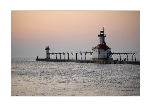 stjoseph michigan michiganfavorites michiganlighthouses lakemichigan lake sunset sony rx10 lighthouse color