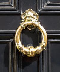 Ring doorknocker