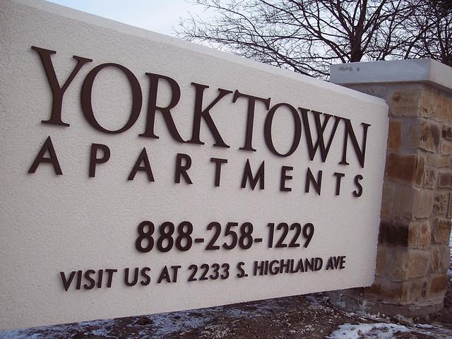 yorktown1 cut metal letters