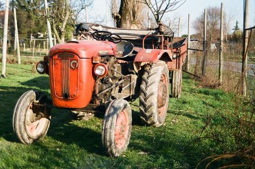 Mazzarrone, giovane contadino muore travolto da trattore$