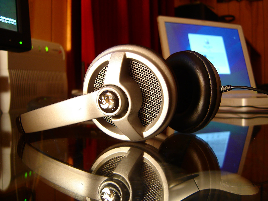 Logitech Premium Headset