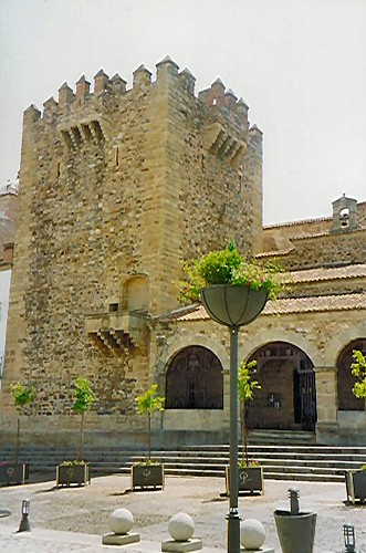 Caceres Tower.jpg
