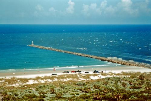ocean cars beach florida aerialview 1999 atlanticocean automobiles breakwater ponceinlet poncedeleoninlet