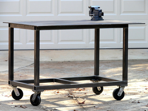 Accessories features for your welding table miller for Plan fabrication table