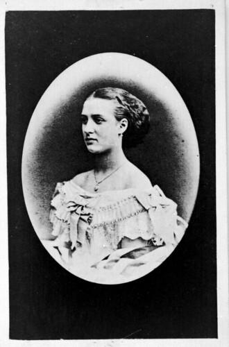 Young woman portarit