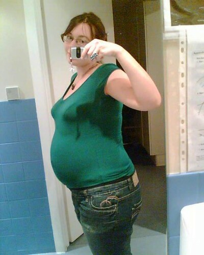 33 week pregnancy belly | Flickr - Photo Sharing!