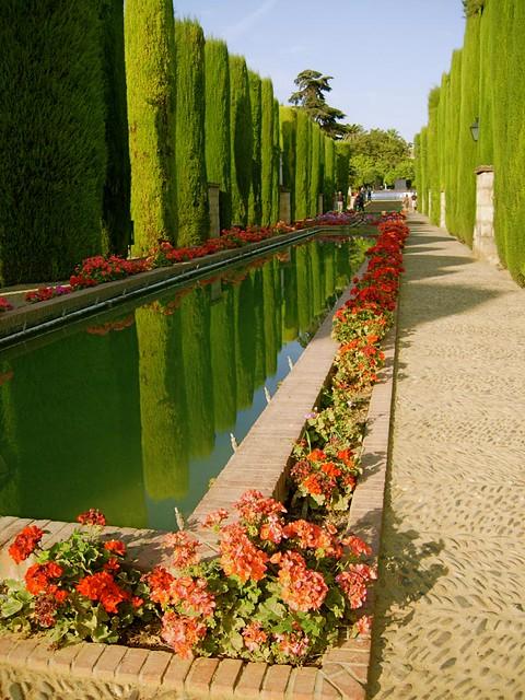 Pool cordoba alcazar flickr photo sharing - Jardines cordoba ...