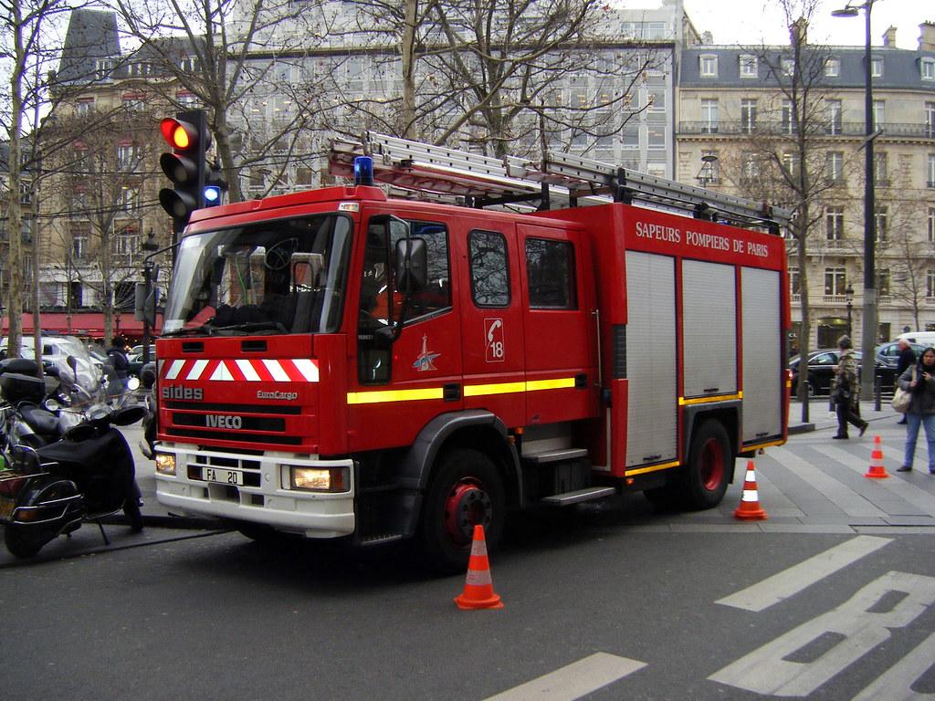 Camion à Pompiers à Paris