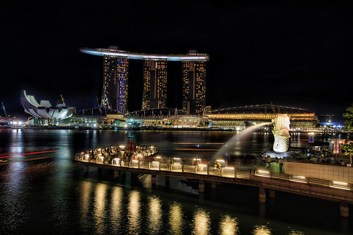 Singapore Merlion Park at Night - HDR