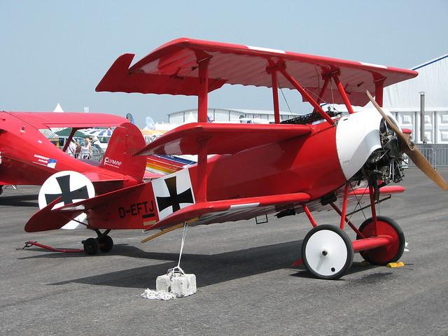 Von Links: Fokker Dr.I
