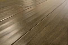 "Hand-scraped engineered hardwood flooring ""Sumatran-ruby"""