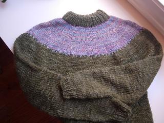 Green yoke pullover