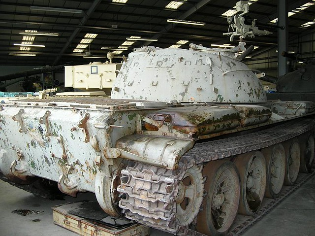 Bovington Tank Museum495 - Post WWII - Russian - Main Battle Tank - T-62 - 1961