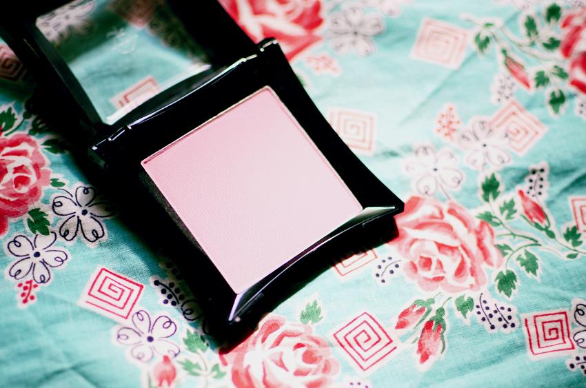 pale-pink-matte-blusher f