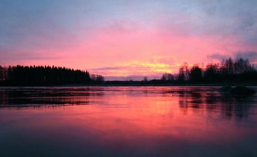 autumn sunset red reflection ice water beauty catchycolors impressed syksy lepaa impressedbeauty taustakuvaksi
