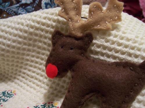 Felt reindeer ornament craft