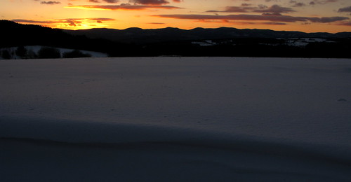 sunset snow mountains vermont greenmountains randolphcenter canong9