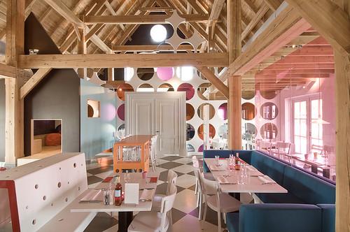 Loftylovin praq amersfoort restaurant for Unique interiors