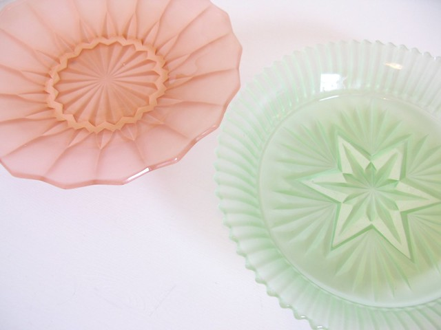 My two favourite depression glass plates! | Emma Lamb