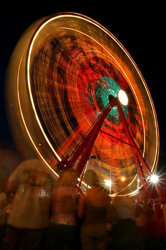 longexposure red night canon lights fair ferriswheel dcist cropped fairfax eos10d photooftheday celebratefairfax tklancer