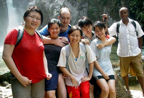 Chiling Falls, Selangor - 13 - a happy group