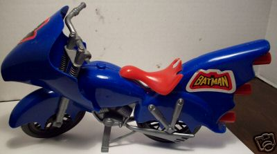 mego8bat_batcycle.jpg