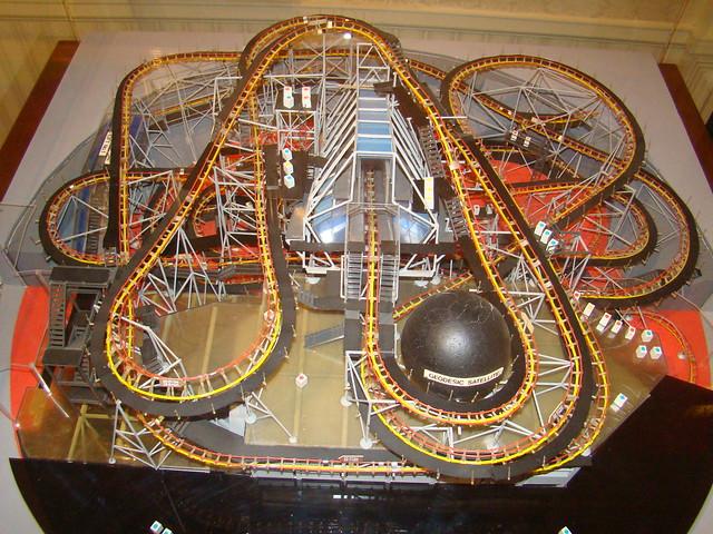 Space Mountain Model at Disneyland | Explore mario.pineda ...