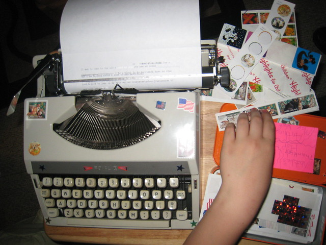Royal Mercury typewriter gets a makeover