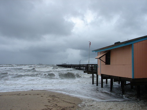 Fish and house on pinterest for Lynnhaven fishing pier