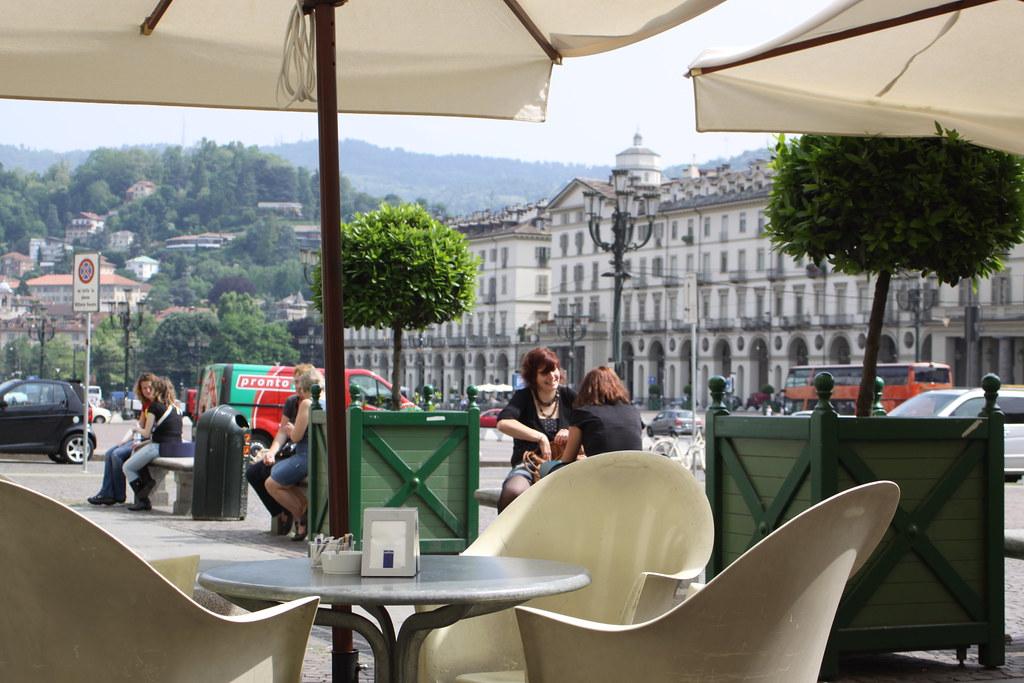 Terrasse de la Piazza Veneto à Turin.
