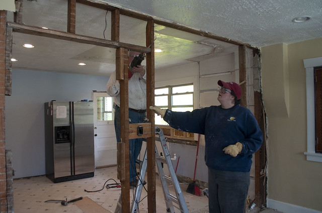 Bungalow kitchen we don 39 t need no stinkin 39 wall home for Removing part of a load bearing wall