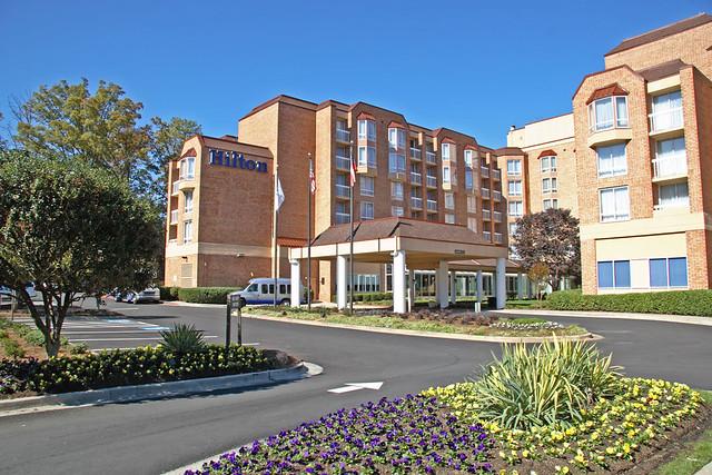 Hilton Atlanta Perimeter Hotel Suites Exterior Flickr Photo Sharing