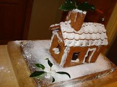 gingerbread house, baking, buttercream, gingerbread, food,